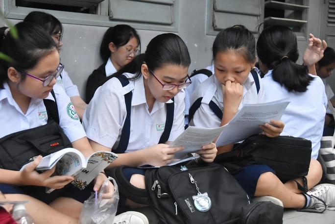 Tìm phương án cho kỳ tuyển sinh lớp 10 tại TP HCM - Ảnh 1.