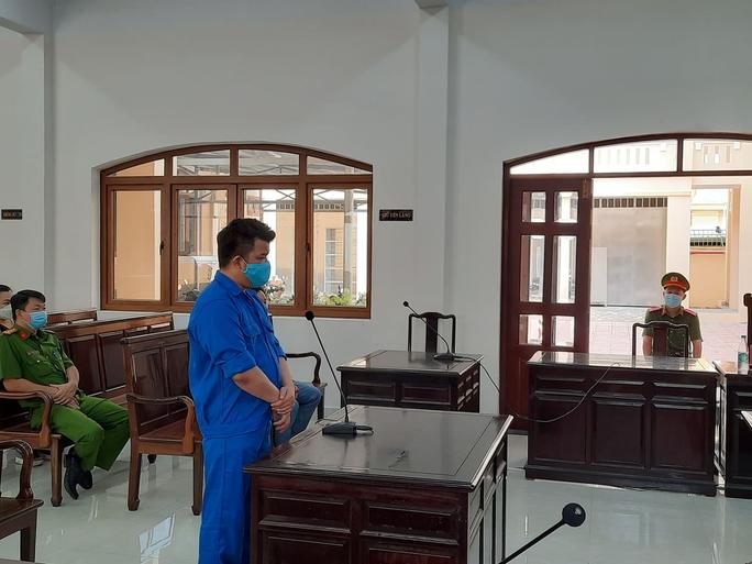 Đang xét xử Toàn đen - giang hồ cộm cán ở Biên Hòa - Ảnh 1.