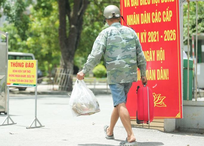 CLIP: Bệnh viện Đức Giang ngừng nhận bệnh nhân sau ca dương tính SARS-CoV-2 mới - Ảnh 10.