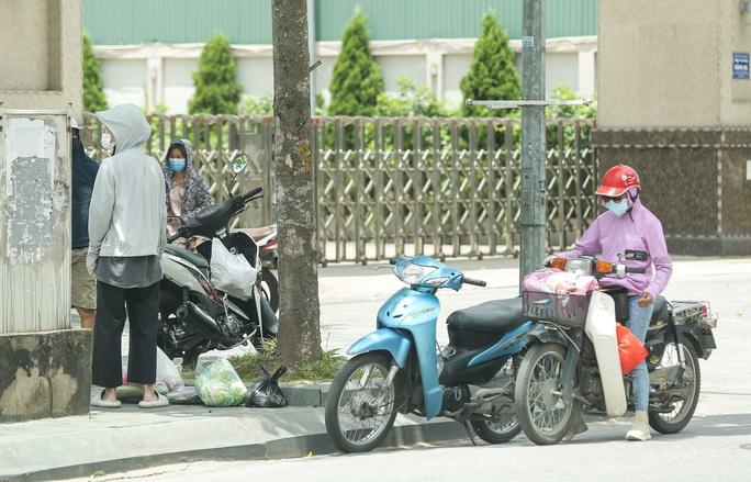 CLIP: Bệnh viện Đức Giang ngừng nhận bệnh nhân sau ca dương tính SARS-CoV-2 mới - Ảnh 11.