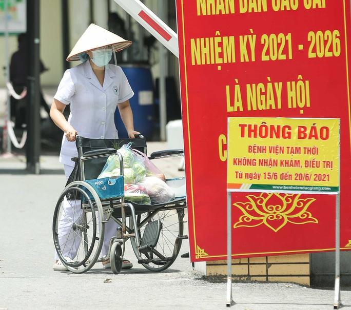 CLIP: Bệnh viện Đức Giang ngừng nhận bệnh nhân sau ca dương tính SARS-CoV-2 mới - Ảnh 14.