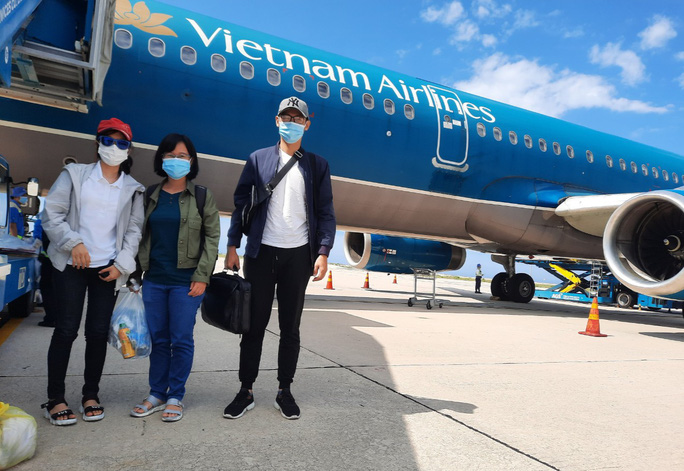 Đội phản ứng nhanh Bệnh viện Chợ Rẫy rời Bắc Giang về TP HCM - Ảnh 10.