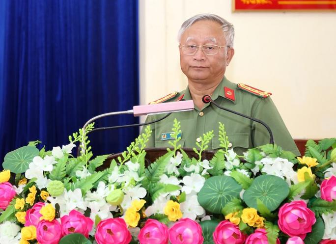 Kỷ luật nguyên Giám đốc Công an tỉnh Gia Lai Vũ Văn Lâu - Ảnh 1.