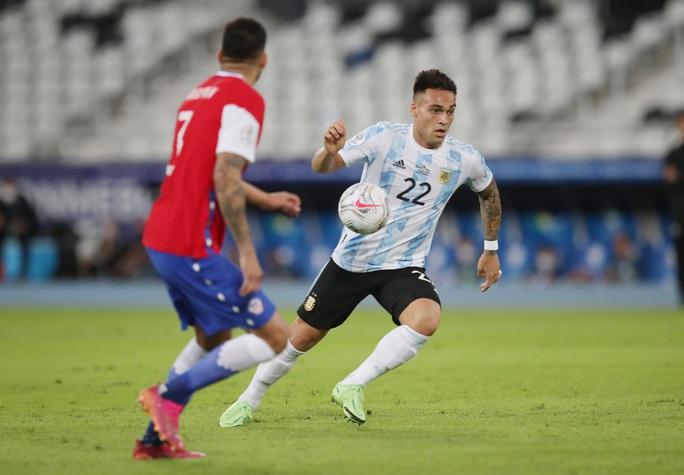 Messi lập siêu phẩm, Argentina chia điểm tiếc nuối với Chile - Ảnh 1.