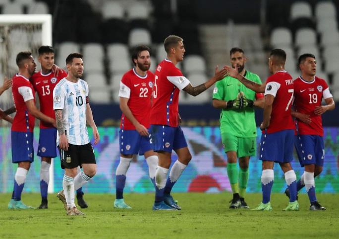 Messi lập siêu phẩm, Argentina chia điểm tiếc nuối với Chile - Ảnh 7.