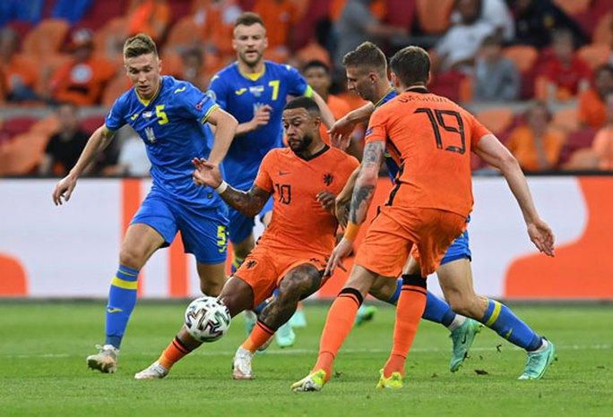 Hà Lan - Áo: Cơn lốc cam cuốn phăng vòng bảng - Ảnh 1.