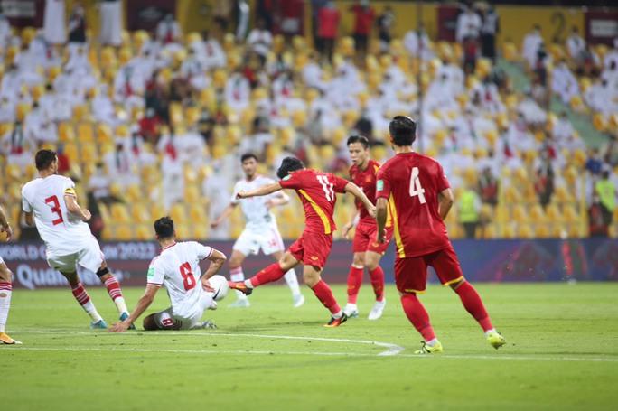 HLV Bert van Marwijk: Thắng Việt Nam là trận hay nhất của UAE - Ảnh 2.