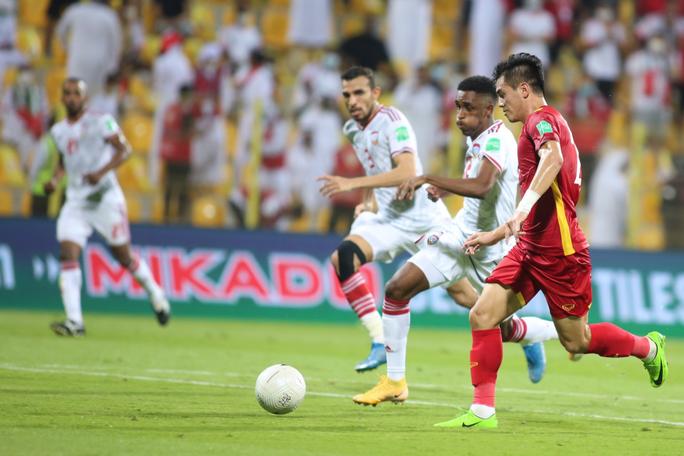 HLV Bert van Marwijk: Thắng Việt Nam là trận hay nhất của UAE - Ảnh 3.