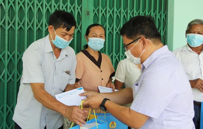 Đà Nẵng: 100 triệu đồng hỗ trợ cho các tổ công nhân tự quản khu nhà trọ - Ảnh 2.