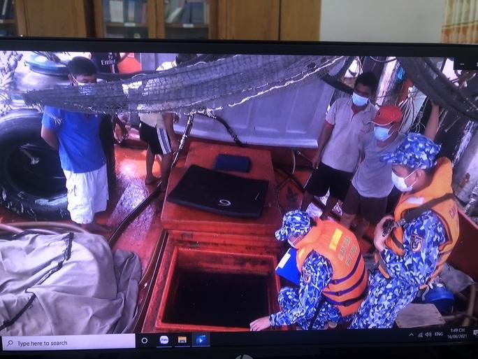 Cảnh sát biển ở Phú Quốc liên tiếp bắt giữ tàu chở dầu DO không rõ nguồn gốc - Ảnh 2.