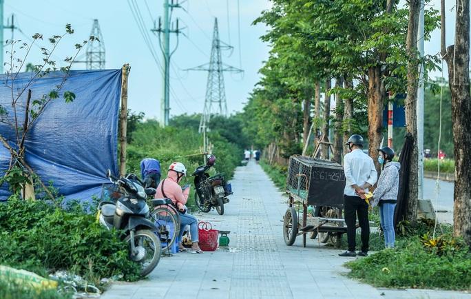 CLIP: Cận cảnh Dự án đại lộ Chu Văn An ngàn tỉ vẫn dang dở sau 7 năm thực hiện - Ảnh 13.