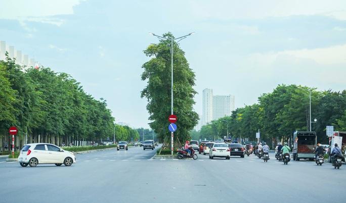CLIP: Cận cảnh Dự án đại lộ Chu Văn An ngàn tỉ vẫn dang dở sau 7 năm thực hiện - Ảnh 2.