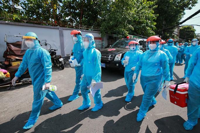 TP HCM: Điều tra, truy vết nhiều chuỗi nhiễm SARS-CoV-2 mới - Ảnh 1.