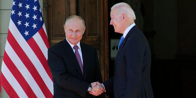Tổng thống Putin nói đời chẳng có gì vui sau thượng đỉnh Mỹ - Nga - Ảnh 1.