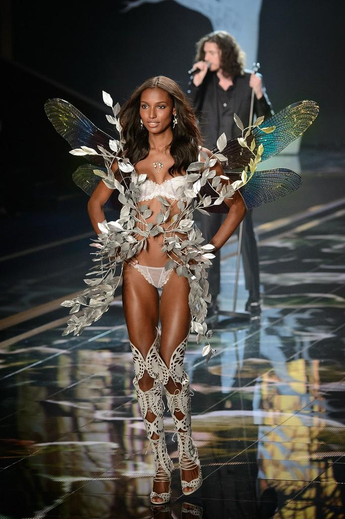 Victorias Secret xóa sổ thiên thần nội y - Ảnh 5.