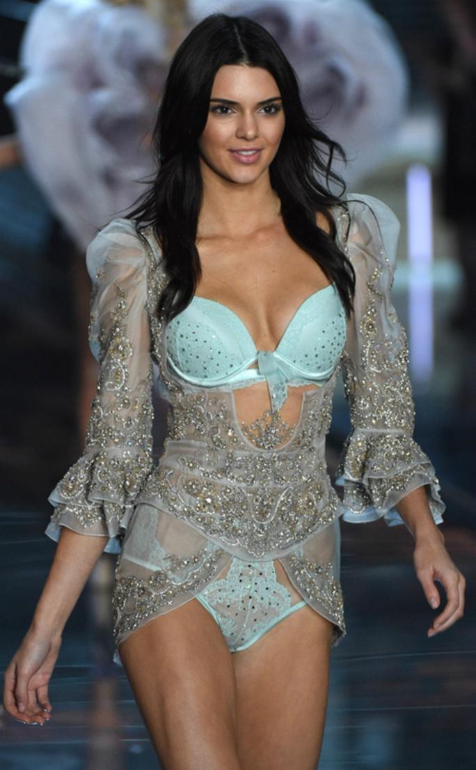 Victorias Secret xóa sổ thiên thần nội y - Ảnh 4.