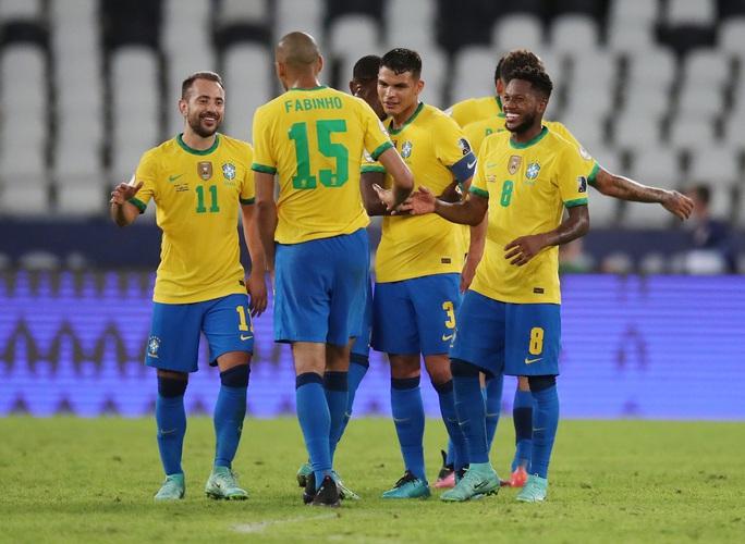 Neymar nhảy samba, Brazil đè bẹp á quân Copa America - Ảnh 8.
