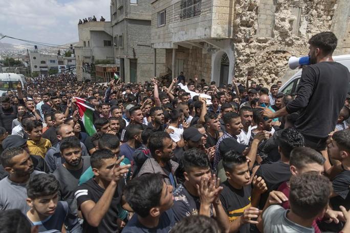 Căng thẳng leo thang, Israel tiếp tục không kích dải Gaza - Ảnh 2.