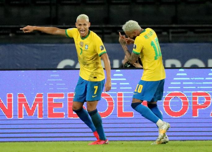 Neymar nhảy samba, Brazil đè bẹp á quân Copa America - Ảnh 7.