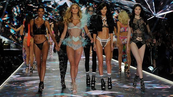 Victorias Secret xóa sổ thiên thần nội y - Ảnh 2.