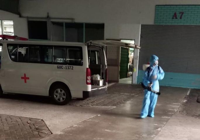 Vợ ca dương tính làm việc tại công ty Pousung, gần 20.000 công nhân được cho nghỉ - Ảnh 1.