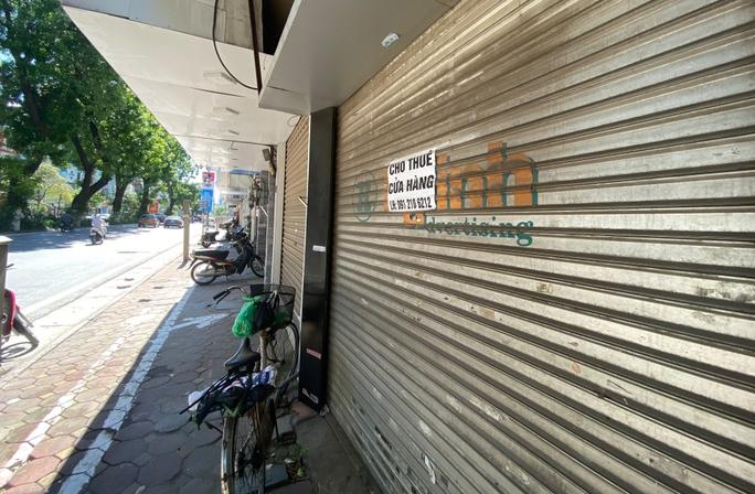 Mặt tiền vàng ở Hà Nội đại hạ giá nhưng vẫn ế khách - Ảnh 2.