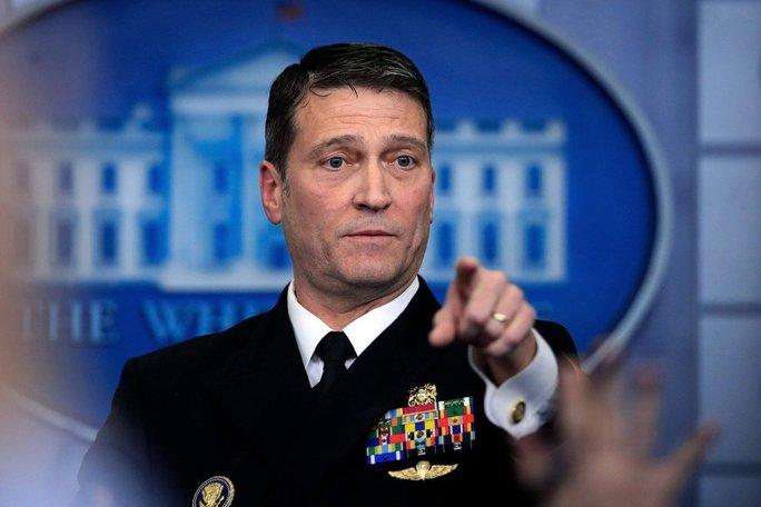 Yêu cầu gây sốc của cựu bác sĩ Nhà Trắng với Tổng thống Biden - Ảnh 1.
