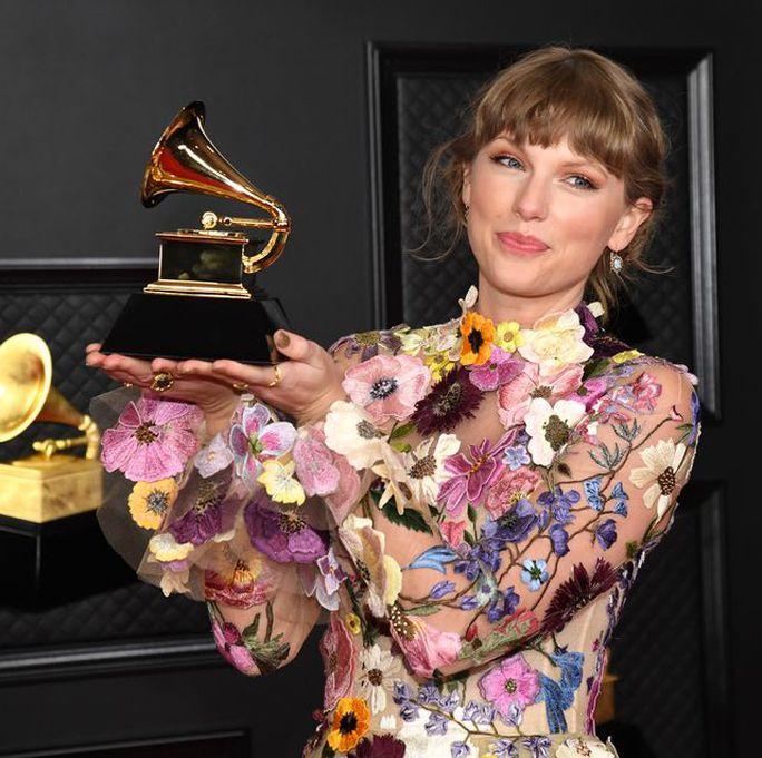 Taylor Swift sẽ thu âm lại siêu phẩm Red - Ảnh 4.