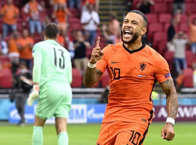 Tỏa sáng ở Euro 2020, Memphis Depay gia nhập Barcelona với giá 0 đồng - Ảnh 5.
