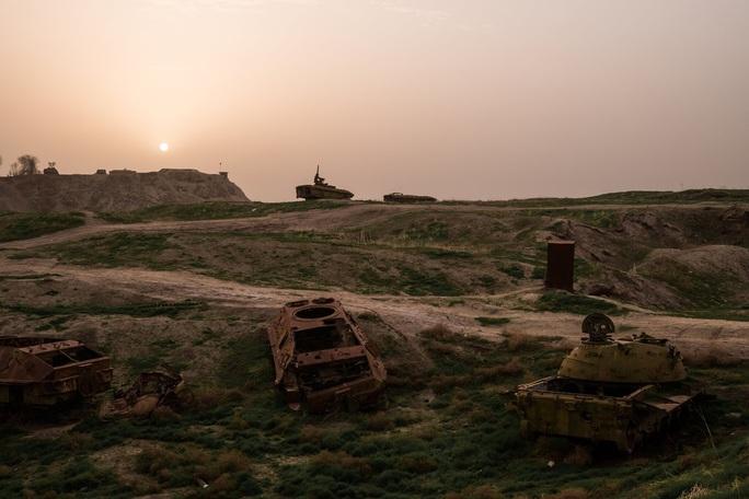 Mỹ rút, Taliban tràn vào các TP quan trọng của Afghanistan - Ảnh 2.