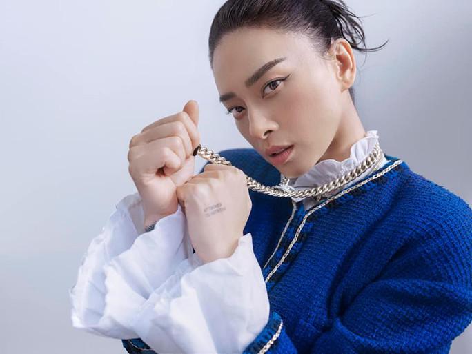Diễm My 9X, Ngô Thanh Vân, Việt Trinh… tung loạt ảnh thời trang sang trọng - Ảnh 5.