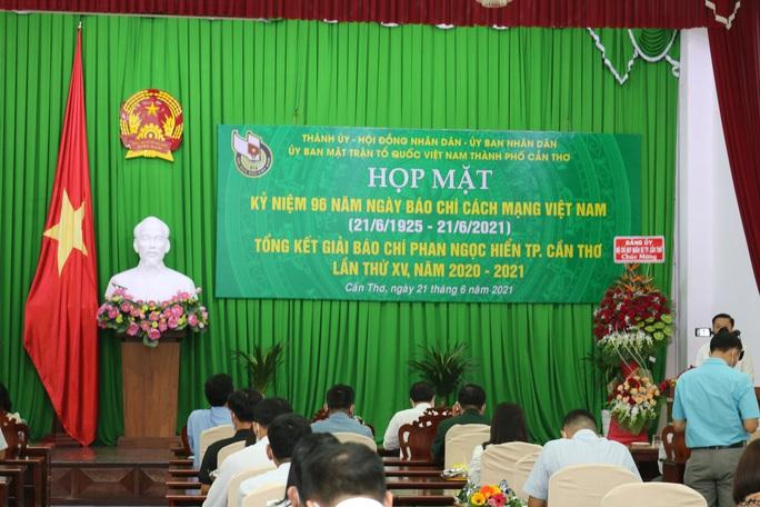 Báo Người Lao Động đoạt giải 3 Giải Báo chí Phan Ngọc Hiển - Ảnh 2.