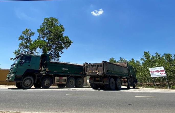 Đà Nẵng: Xe quá tải công khai lộng hành trên đường cấm - Ảnh 6.