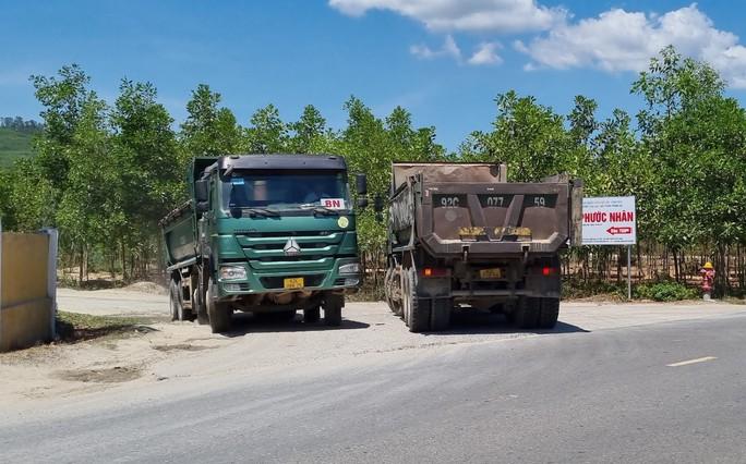 Đà Nẵng: Xe quá tải công khai lộng hành trên đường cấm - Ảnh 5.