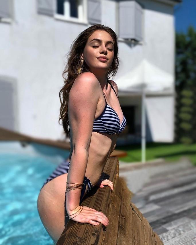Người mẫu đăng quang Hoa hậu Quốc tế Pháp 2021 - Ảnh 5.