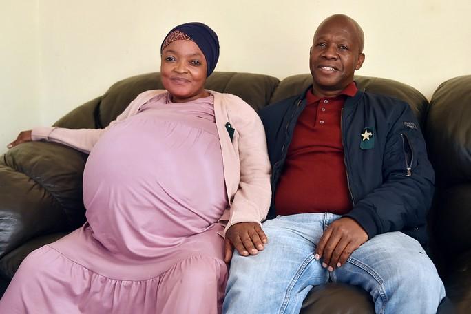 Người phụ nữ sinh 10 em bé không hề mang thai? - Ảnh 2.