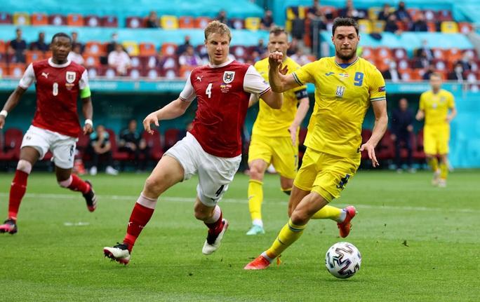 Đánh bại Ukraine, Áo theo chân Hà Lan vào vòng knock-out - Ảnh 3.