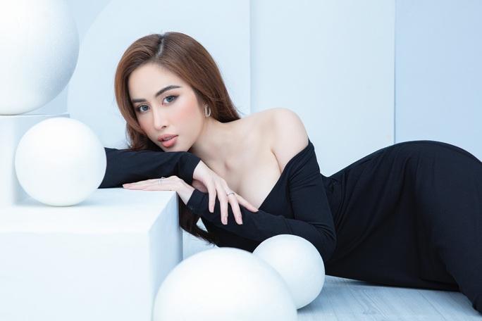 Hoa hậu Phan Ngọc Hân hé lộ bí quyết ở nhà vẫn đẹp - Ảnh 3.