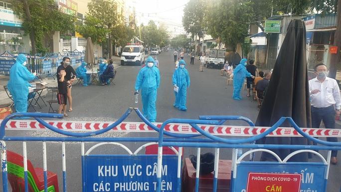 Khánh Hòa: Xuất hiện ca dương tính với SARS-CoV-2 - Ảnh 1.