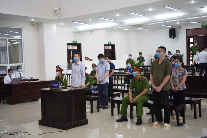 Nguyên giám đốc CDC Hà Nội bị y án 10 năm tù - Ảnh 1.