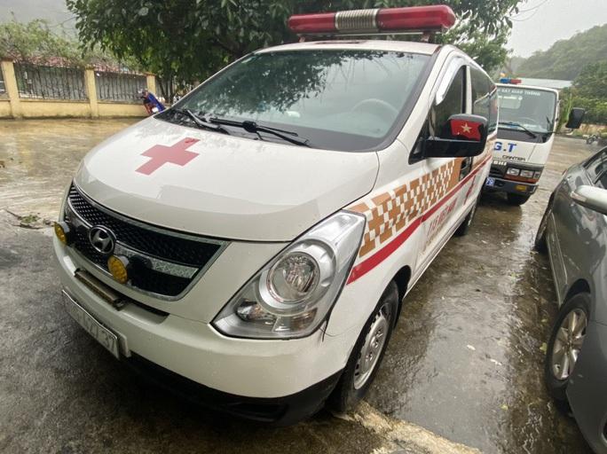Lời khai bất ngờ của tài xế xe cứu thương chở 11 người từ Bắc Ninh về Sơn La - Ảnh 2.