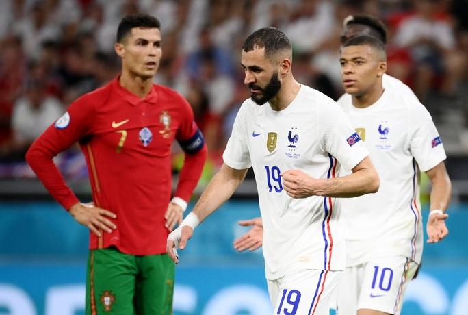 Ronaldo lập 3 kỷ lục giúp Bồ Đào Nha vào vòng 1/8 Euro 2020 chạm trán tuyển Bỉ - Ảnh 4.