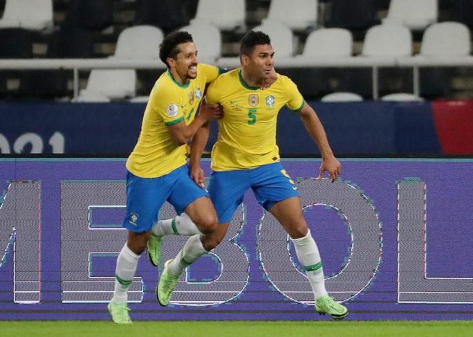 Ngược dòng nghẹt thở hạ Colombia, Brazil giành vé tứ kết Copa America - Ảnh 6.