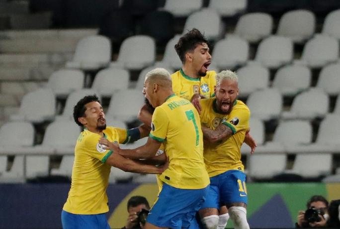Ngược dòng nghẹt thở hạ Colombia, Brazil giành vé tứ kết Copa America - Ảnh 7.