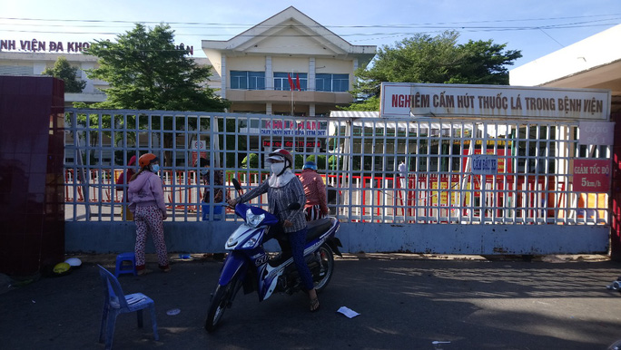 Bình Thuận ghi nhận thêm 3 trường hợp nghi nhiễm Covid-19 liên quan đến nữ bác sỹ bệnh viện tỉnh - Ảnh 2.