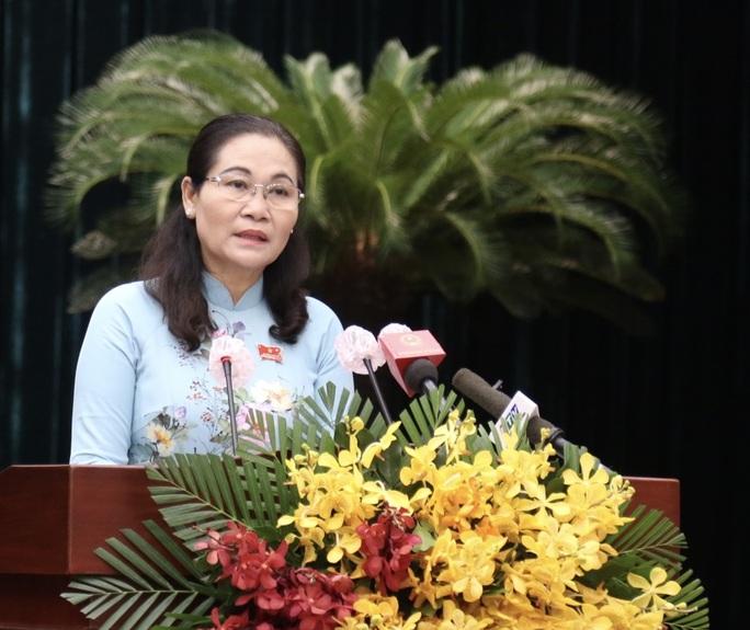 Bế mạc kỳ họp thứ nhất, Chủ tịch HĐND TP HCM lưu ý nhiều vấn đề - Ảnh 1.