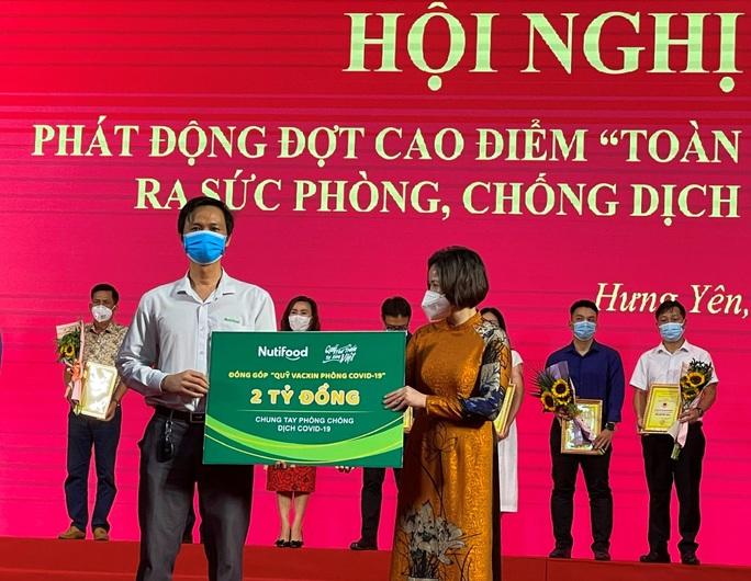 Quỹ Phát triển Tài năng Việt tiếp năng lượng cho lực lượng chống dịch Hà Tĩnh - Ảnh 2.