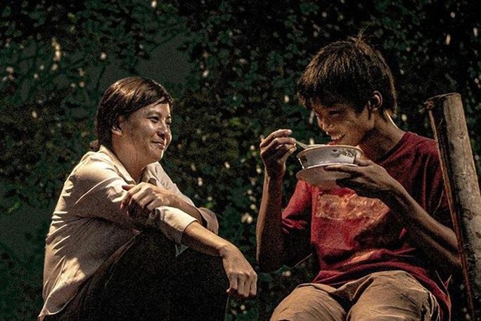 """Nam chính phim """"Ròm"""" thắng giải tại Liên hoan phim Châu Á - Ảnh 3."""