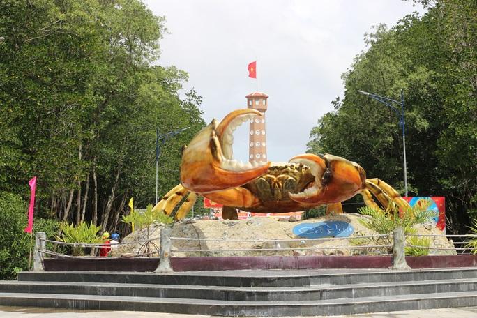 Trải nghiệm thú vị ở rừng ngập mặn lớn nhất Việt Nam - Ảnh 2.
