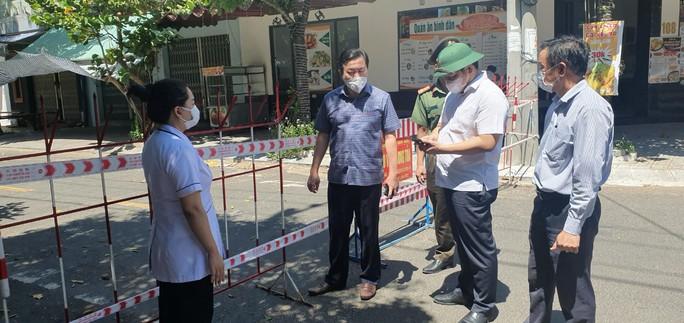 Phú Yên phát hiện thêm 10 ca nhiễm SARS-CoV-2 - Ảnh 1.